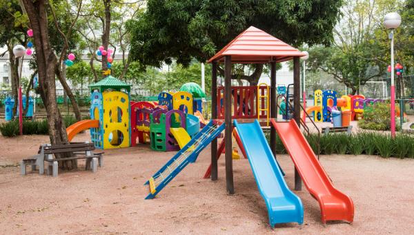 Parque Esportivo inaugura playground