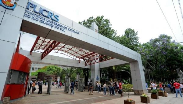Universidade mantém aulas, mas ausências poderão ser justificadas