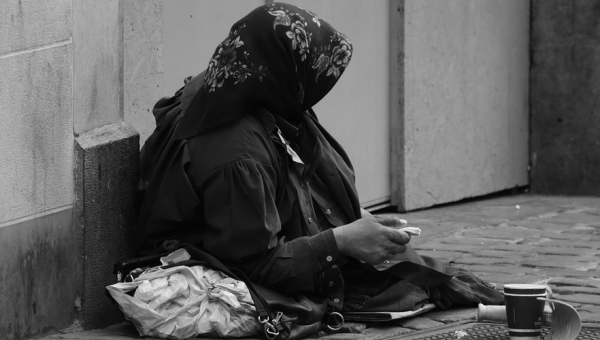 A vida na rua: causas, enfrentamentos e a necessidade de novas políticas