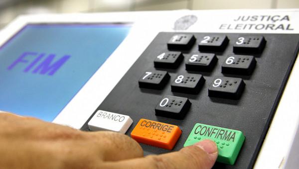 Chapas apresentam suas propostas para as eleições do DCE da PUCRS