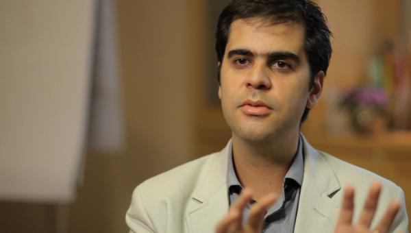 Gabriel Carneiro Costa faz palestra na Feira de Carreiras