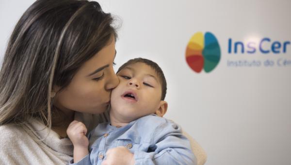 Projeto entre InsCer e Ufal atende bebês com microcefalia