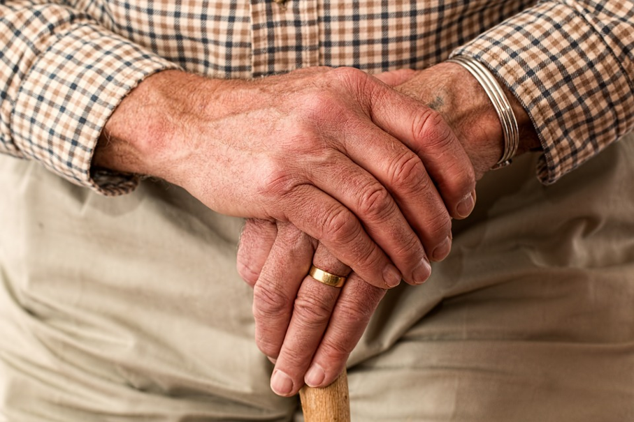 igg, idosos, clínica geriátrica