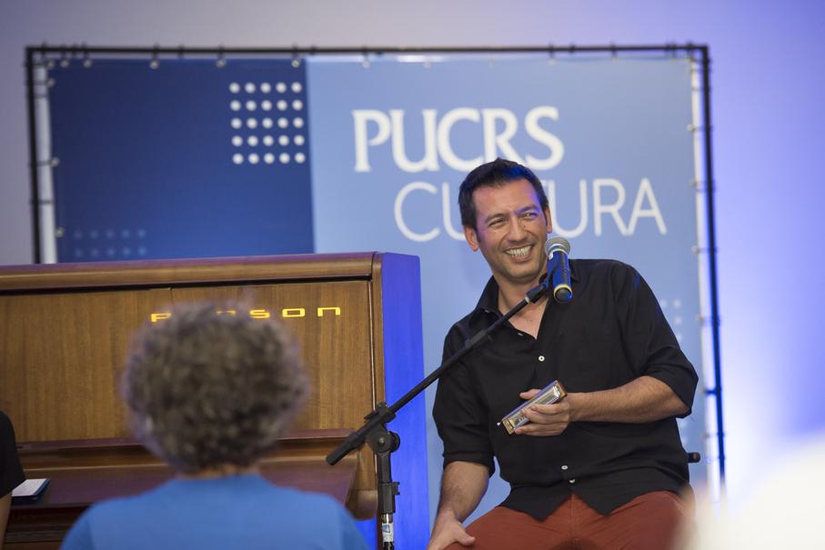PUCRS Piano, PUCRS Cultura, piano, gaita, blues, pocket show, Mari Kerber, Ale Ravanello, tantas histórias para contar