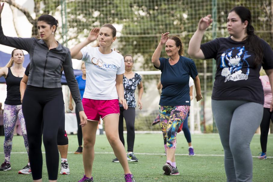 Parque Esportivo, dia das mães, comunidade, esportes, exercícios, atividade física, Escola de Ciências da Saúde