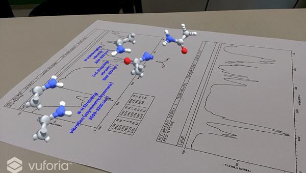 Professor de Química lança aplicativo de realidade aumentada