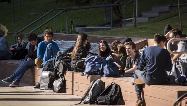 Espaços e serviços da Universidade têm horários diferenciados em julho