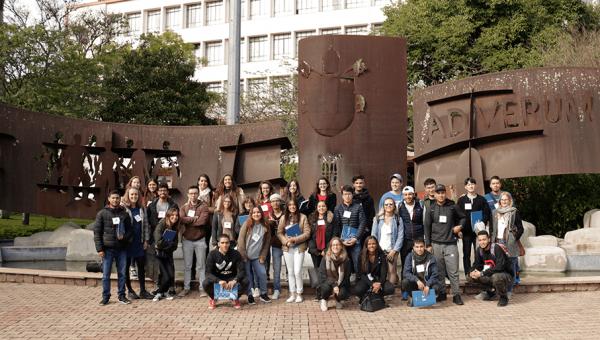 Universidade recebe alunos de 11 países neste semestre