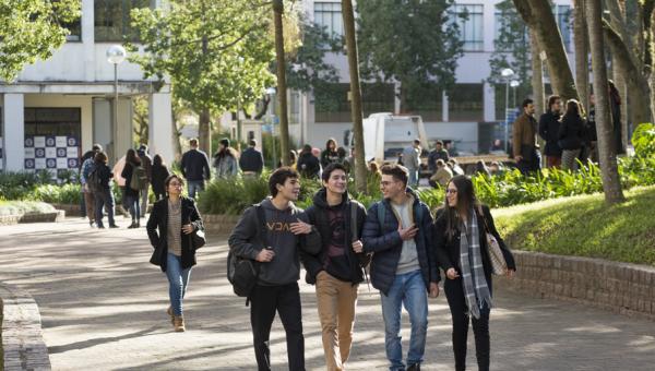 Recepção aos alunos movimenta o Campus no início das aulas