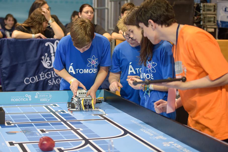 Open Campus, oficinas, alunos, robótica
