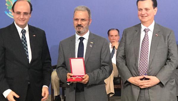 Jorge Audy recebe Medalha Nacional do Mérito Cientifico