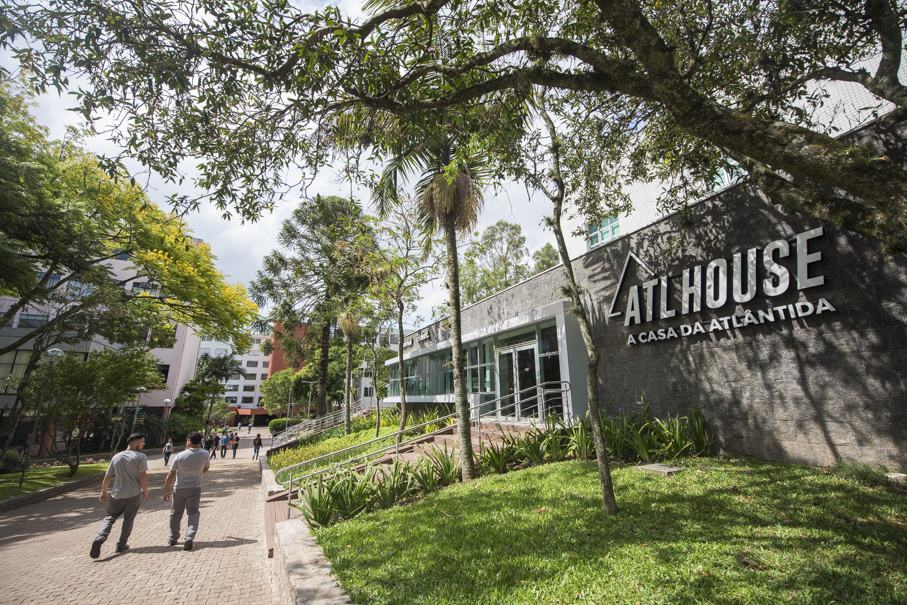 ATL House, Rádio Atlântida, Rua da Cultura, PUCRS 360