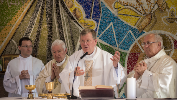 Missa e música clássica abrem o mês do 70º aniversário da Universidade