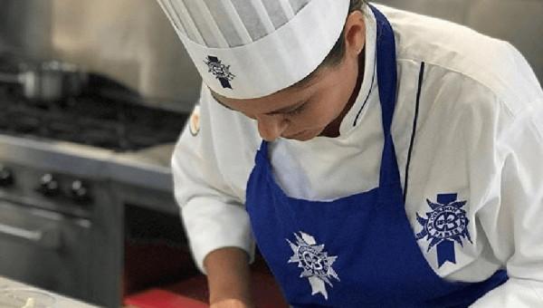 Aluna faz mobilidade em uma das principais escolas de gastronomia do mundo