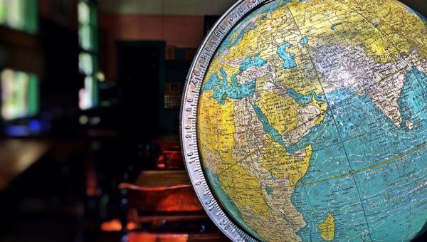 Universidade oferece oportunidades de estudo no exterior