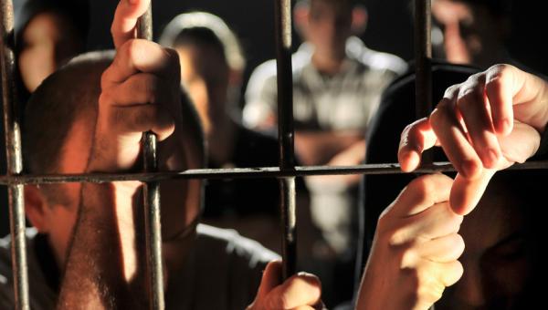 Roda de conversa debate direitos humanos e sistema prisional