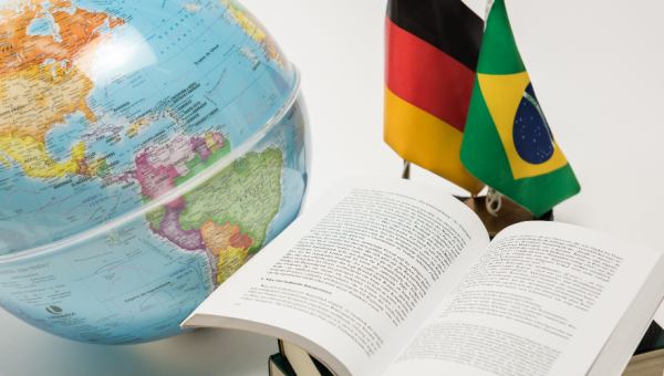 Primeiro Centro de Estudos Europeus e Alemães da América Latina
