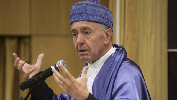 Gilles Lipovetsky palestra na PUCRS