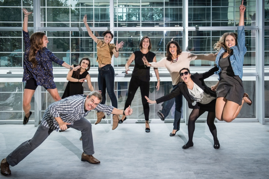Laboratory team headed by Luis Villwock. Photo: Bruno Todeschini - Ascom/PUCRS