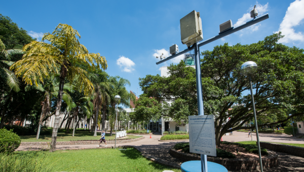 University of Cambridge donates weather station to PUCRS