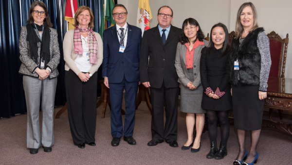 Director of Confucius Institute of PUC-Rio visits PUCRS seeking partnerships