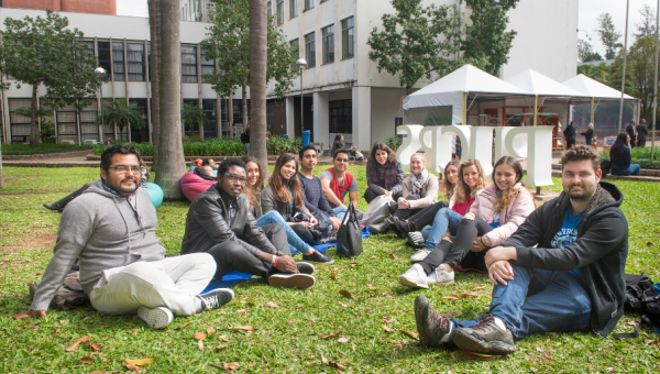 International students join beginning of term activities