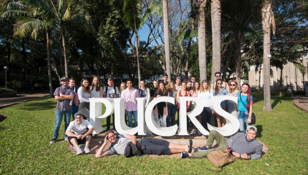 International students arrive at PUCRS