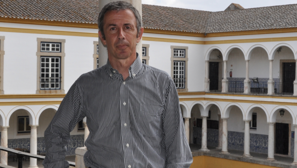 Vice president of the University of Évora lecturing at PUCRS