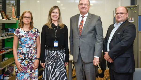Australian Embassy visits PUCRS to promote partnerships for 2018
