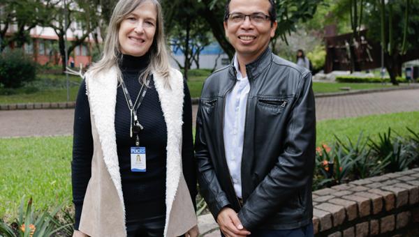 Universidade Católica de El Salvador pays visit to PUCRS' Language Center