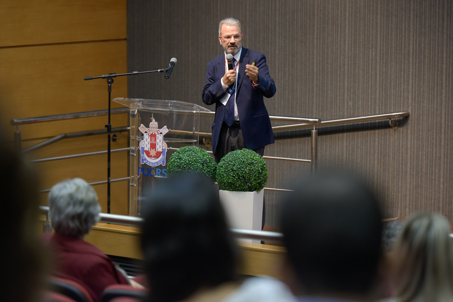 Jorge Audy, Superintendent of Innovation and Development, opened the event/ Photo: Bruno Todeschini