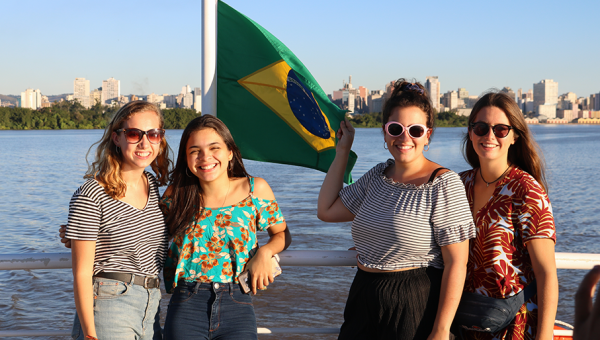 Boat tour brings international students together