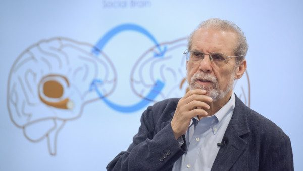 Emotional Intelligence specialist Daniel Goleman teaches at PUCRS
