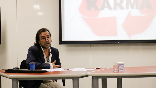 Visiting professor addresses technopolitics and human rights in activities at PUCRS