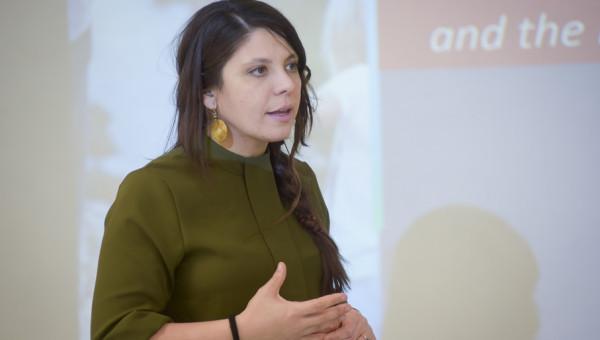 Visiting professor Carmen Moret Tatay takes part in PUCRS-PrInt activities